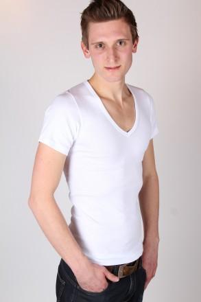 T-shirt diepe v-hals (wit)