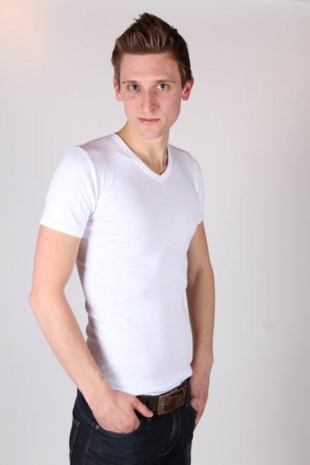 T-shirt v-hals (wit)